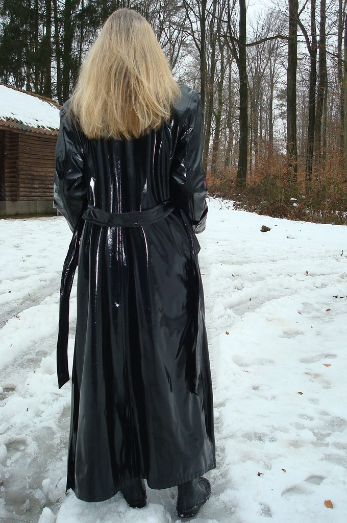 Edler Lackmantel, sehr weich und lang | sari40 | Flickr