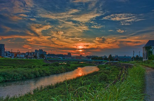 sunset orange green water japan clouds photoshop river 日本 aichi okazaki hdr highdynamicrange topaz aichiprefecture 中部 tokai chubu 東海 honshu 愛知県 photomatix 岡崎市 本州 hdrphotography topazadjust otoriver