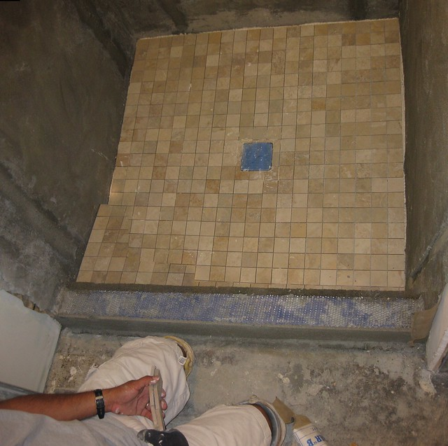 100507 remodel shower pan tile installed ICE sd790 4547_8