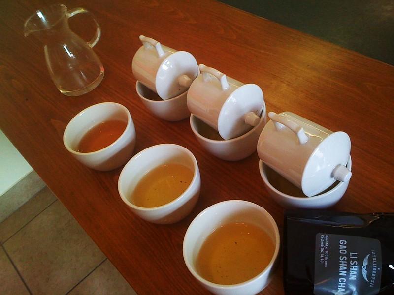 Oolong Cupping: Li Shan Gao Shan Cha