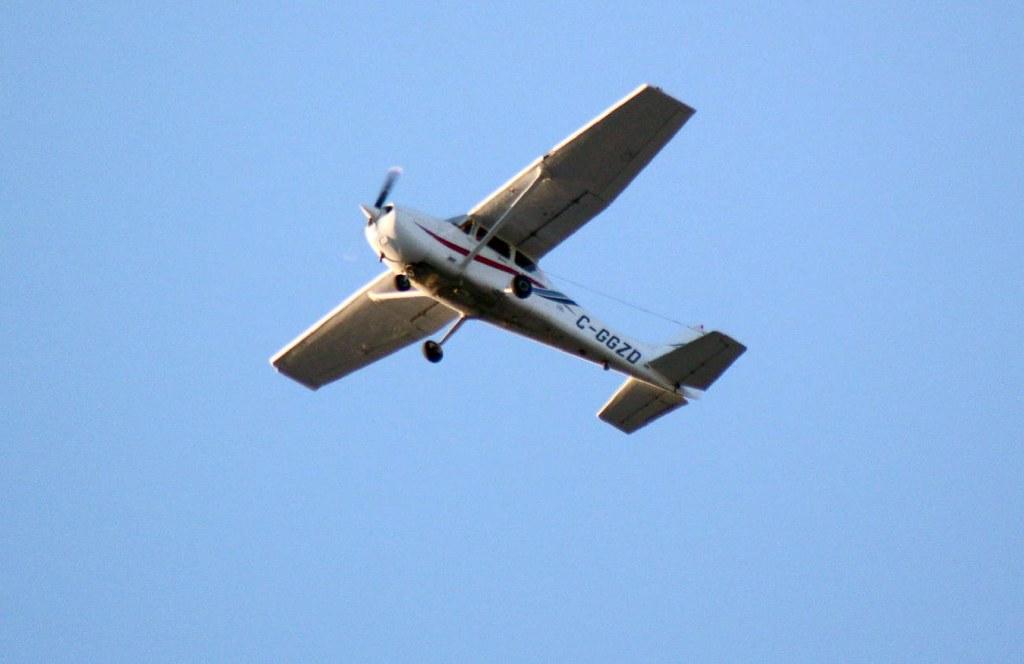 C-GGZD 680 News Cessna   C-GGZD 2000 Cessna 172R   Flickr