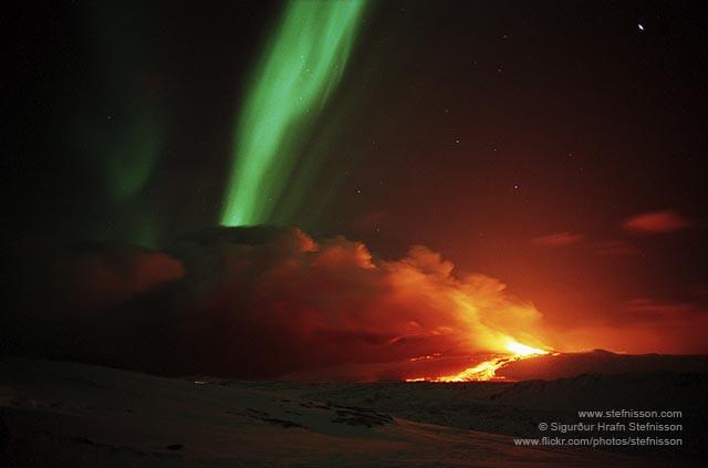 Aurora borealis and Mt. Hekla eruption NLG_7