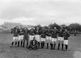 Journalistenes og kunstmalernes fotballkamp 12/7-1925