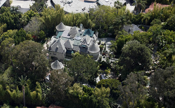 Tremendous Luftbild Villa Von Johnny Depp Aerial View Of The House J Interior Design Ideas Inesswwsoteloinfo