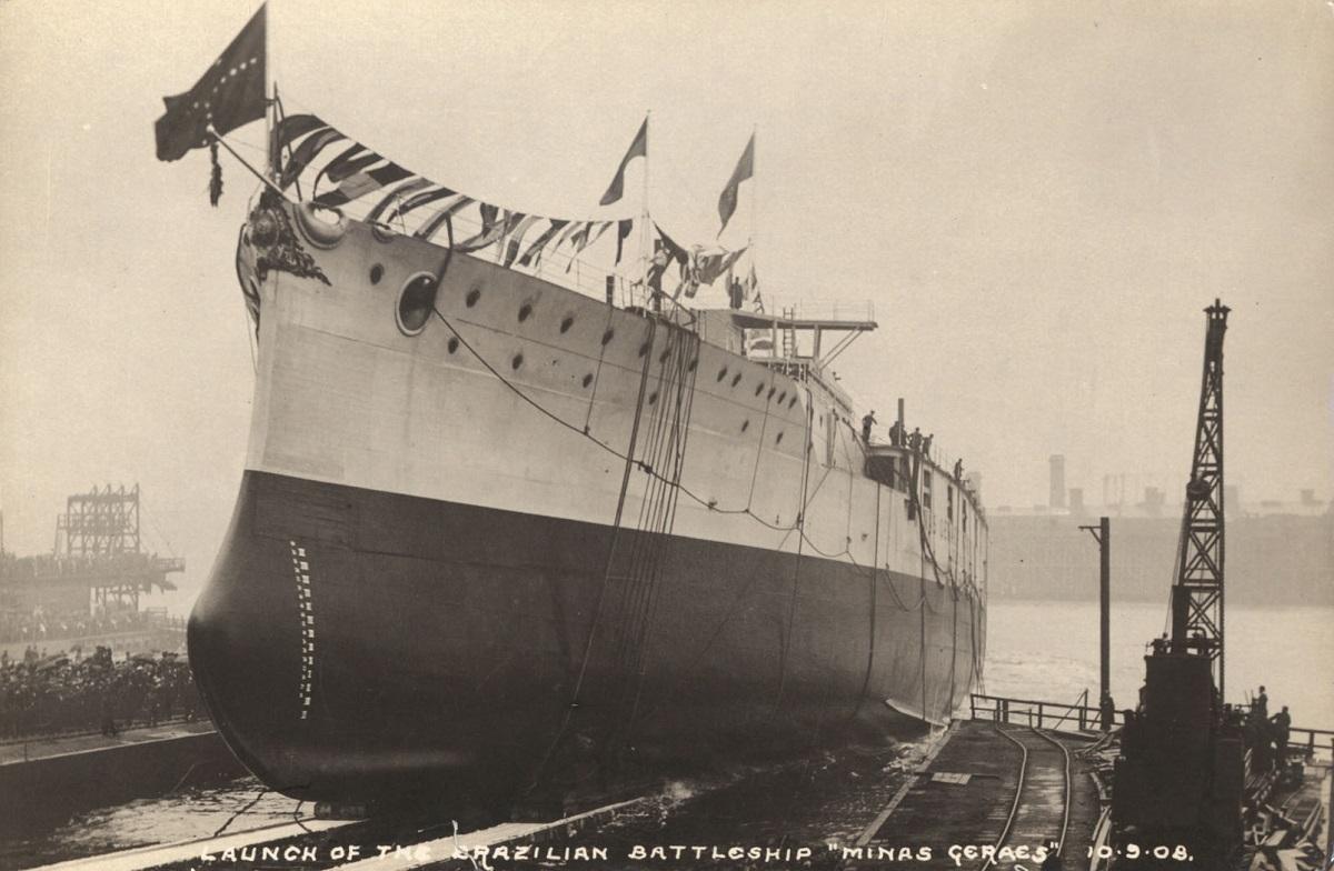 Launch of the Brazilian battleship Minas Geraes