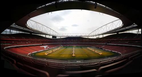 At the Emirates Stadium   by gorriti