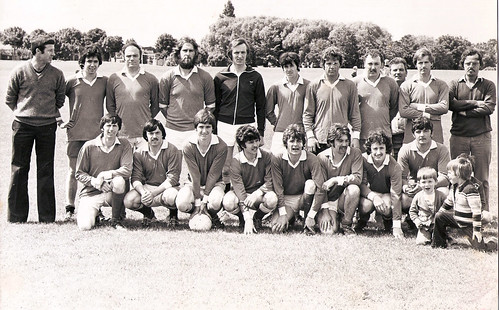 1980's Football Team 3 | by Naomh Fionnbarra GAA Club