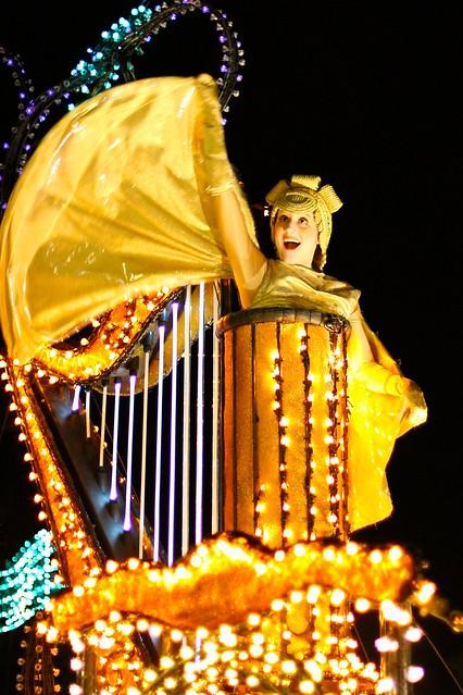 WDW Dec 2009 - 1st SpectroMagic Parade