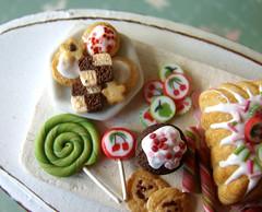 Miniature Food - Pink and Green Birthday Tray #4 | by PetitPlat - Stephanie Kilgast