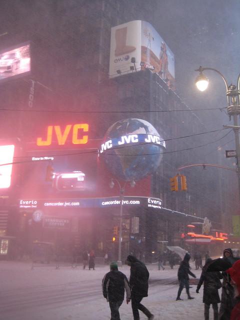 Snowstorm Times Square JVC Globe 1986