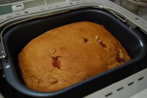 Tin - Julia's Longan Pepita Bread | by avlxyz