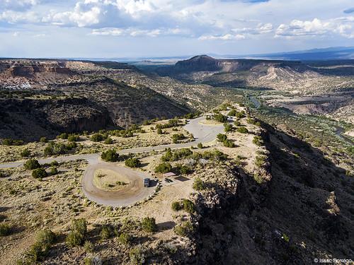 uploadedviaflickrqcom canyon river shadows mesas clouds sunset riogrande whiterockcanyon newmexico djimavicpro road aerialphotography drone whiterock unitedstates america usa