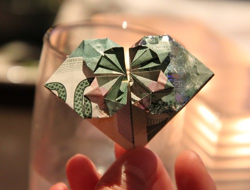 Canadian $20 banknote folded into heart | by nayukim