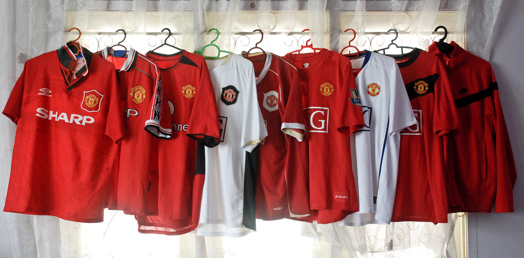 buy online 45655 9b40e My Small Collection of Manchester United Jersey... | Flickr