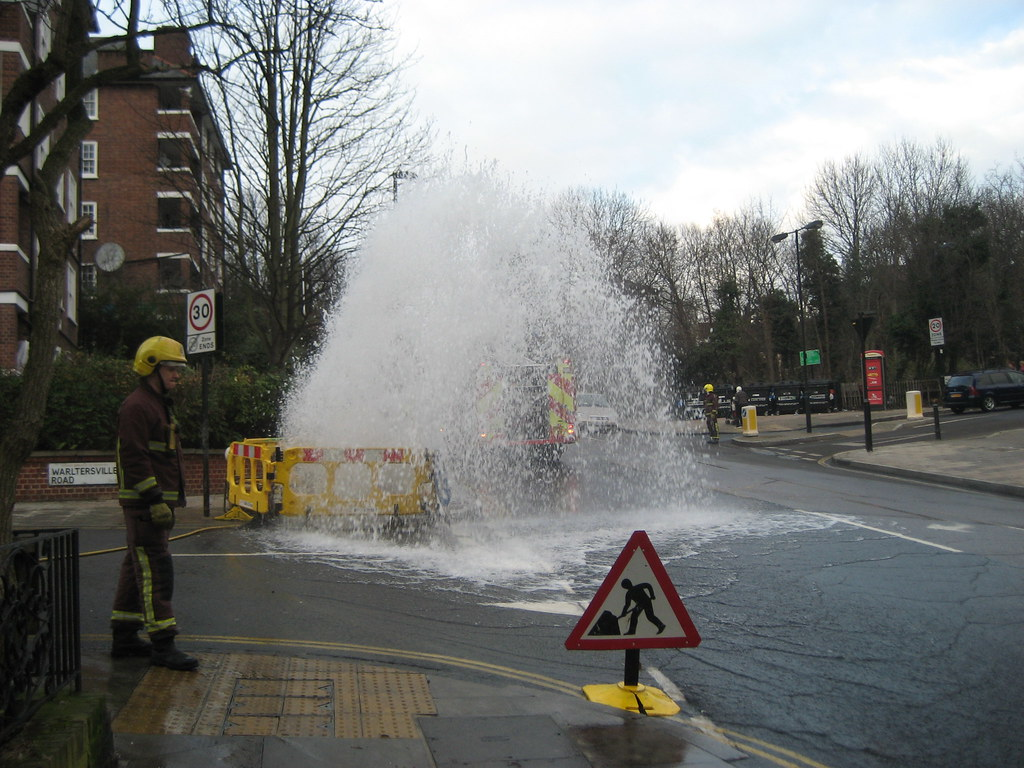 Warltersville Rd leak