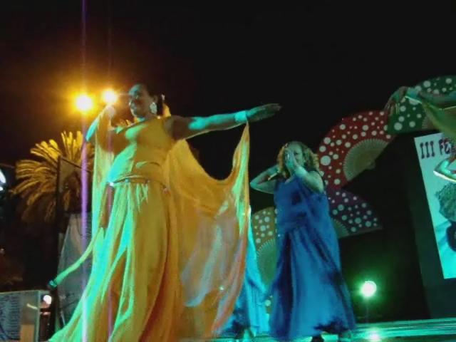 Feria de Abril en Las Palmas de Gran Canaria Ellas se gobiernan solas , Papeles mojados , tercera parte