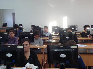 Asistentes a otra de las sesiones   by Embajada de Estados Unidos en Bolivia