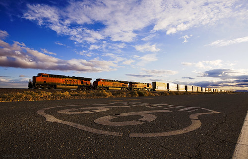 california sunrise canon outdoors route66 desert diesel trains socal mojave ge canondslr bnsf locomotives railroads cloudscapes newberrysprings alltrains adifferentpointofview deserttrains danceswithlight canon1740f4lusmgroup sbcusa aphotographersnature needlessub kenszok