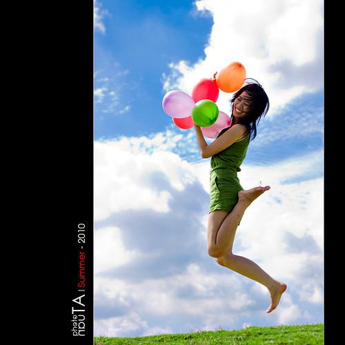 portrait sky cute girl beautiful jump vietnamese balloon mywinners lanthanh aloteen