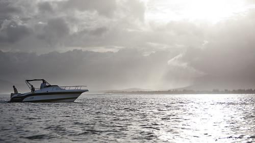 ocean africa sky nature clouds landscape boot wasser speedboat himmel wolken mauritius landschaft lemorne ozean indischerozean schnellboot singhray lbwarmingpolarizer oceanusindicus