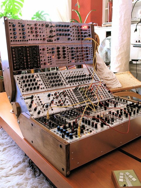 MrManson: modular set-up | Beautiful DIY Eurorack case court