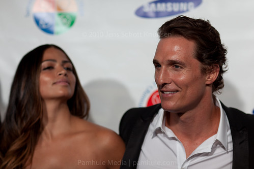 Matthew McConaughey and Camila Alves | by pamhule
