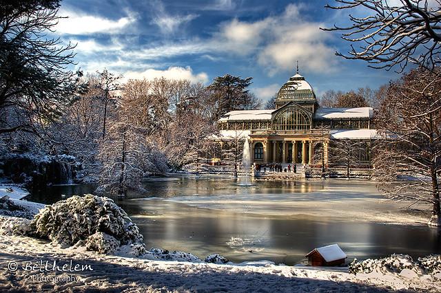 Winter morning with snow in artificial lake of Palacio de Cristal in Buen Retiro Park