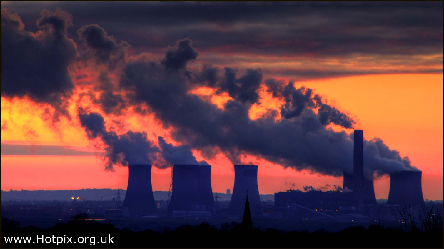 warrington,widnes,runcorn,mersey,river,merseyside,Liverpool,suns warrington,sunset,dusk,night,shot,power,station,cooling,towers,eight,8,view,from,pewterspear,365project,tonysmith,hotpix,HDR,rich,color,colores,deep,industrial,industry,light,stream,lightstream