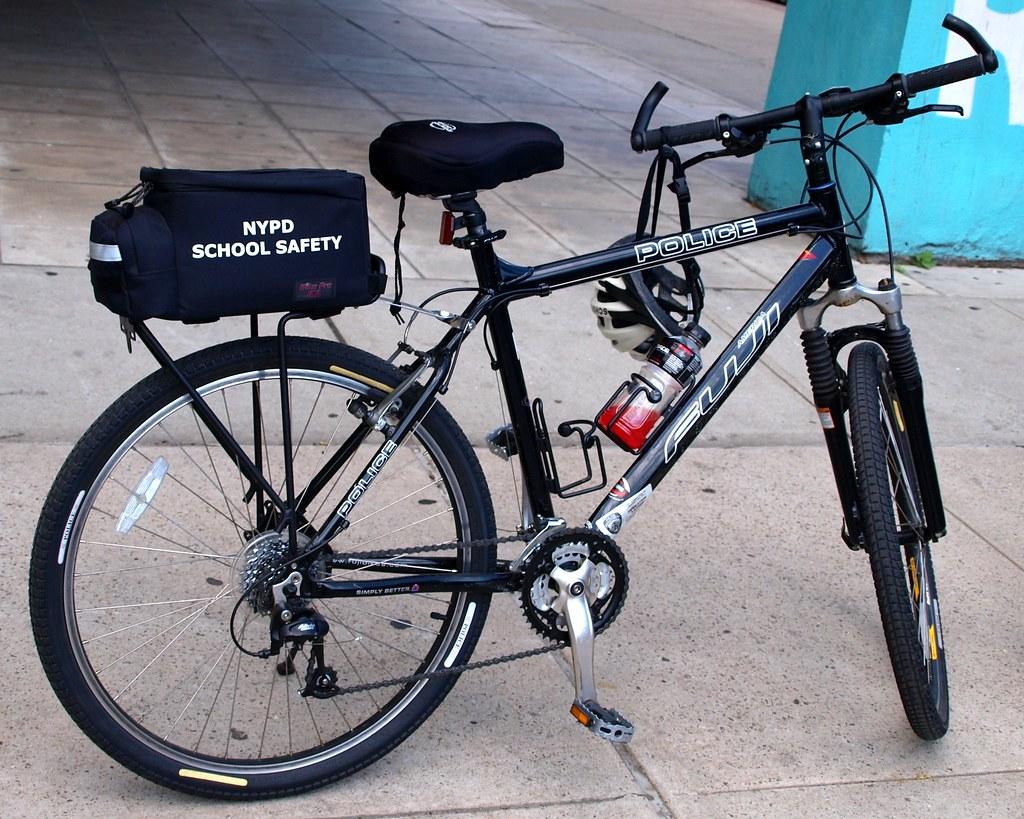 PMSC NYPD School Safety Fuji Bicycle, Harlem, New York Cit