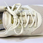 La Feet Mesh Ivory Color - Jika Tabi Sneakers - Anti Hallux Valgus or Bunion 足袋型健康シューズ(Lafeet:アイボリー)