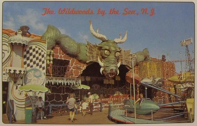 1960s WILDWOOD Vintage Postcard NEW JERSEY Amusement Park Shore Boardwalk