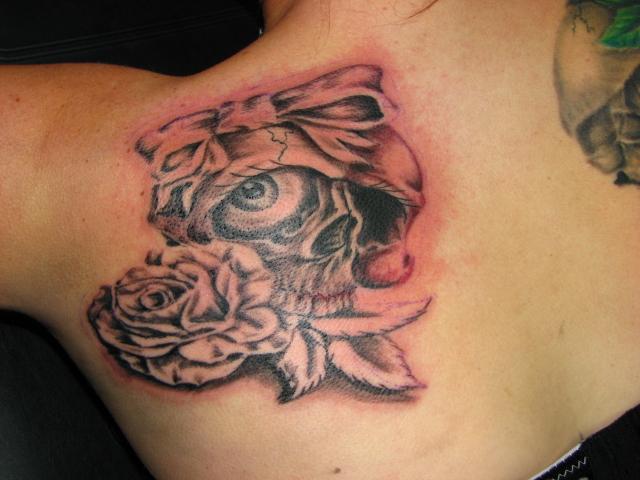 Girly Skull Tattoo Fast Lane Tattoo Flickr