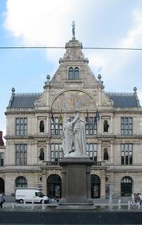 Koninklijke Nederlandse Schouwburg, Gent | by Erf-goed.be