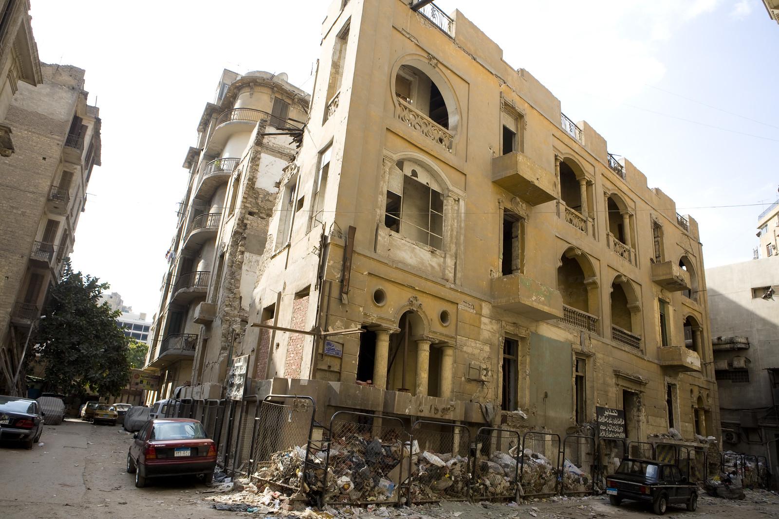Downtown Cairo's Decay احتضار وسط البلد