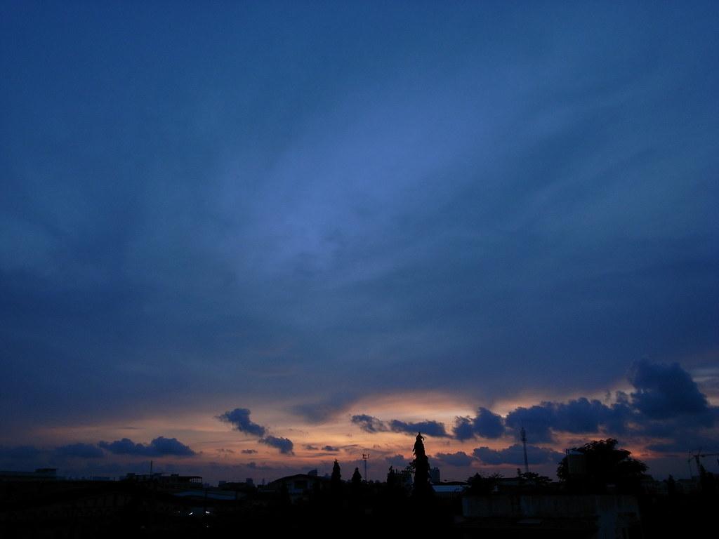 Bangkok today | The sky of Bangkok was real sad this morning… | Flickr