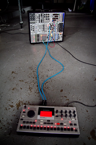 machinedrum and modular synth