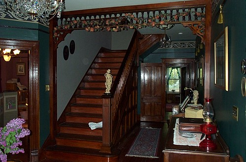 2002.12 Finish Stairhall NW Cor