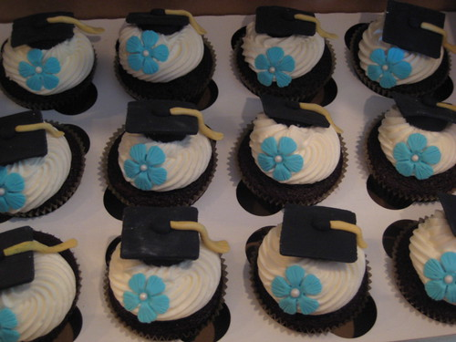 Graduation cupcakes | by kgroovy