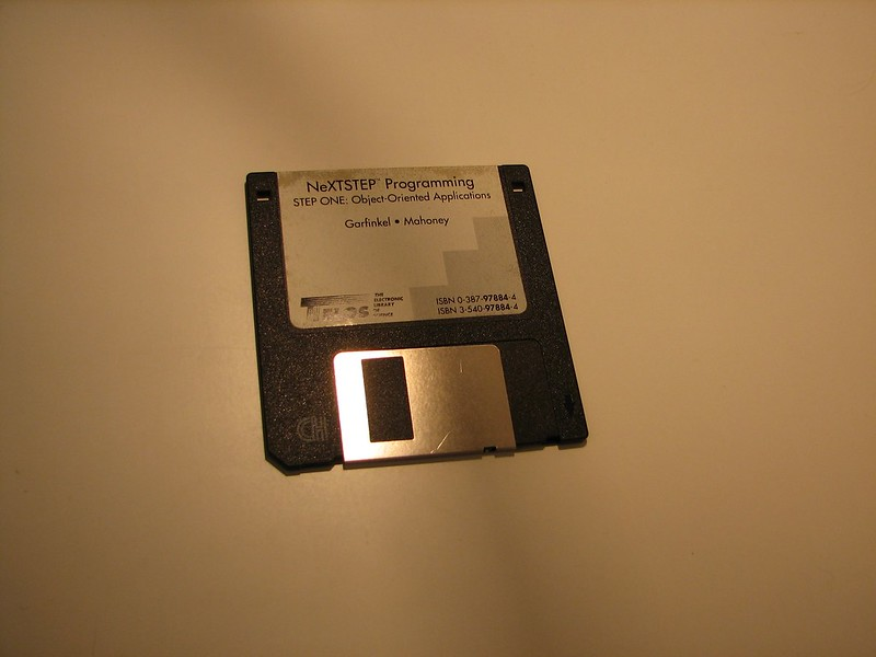 Disk from NeXTSTEP Programming book