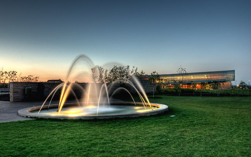 sunset water fountain night pennstate statecollege hdr psu thepennsylvaniastateuniversity d300s thedickinsonschooloflaw