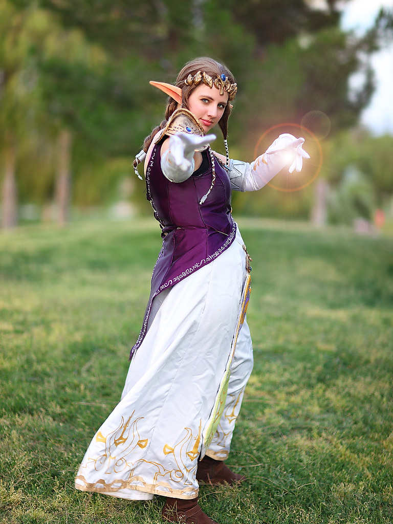 Princess Zelda Magical Energy Blast | Princess Zelda prepare