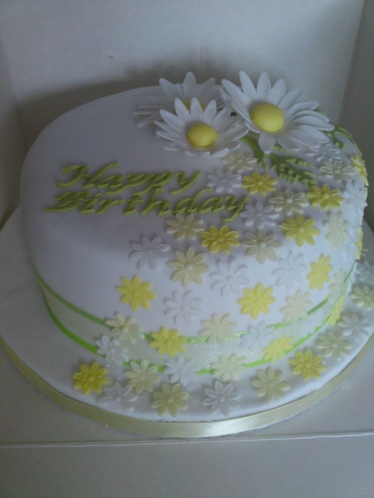 Tremendous Daisy Birthday Cake Birthday Cake Decorated With Pretty Da Flickr Funny Birthday Cards Online Elaedamsfinfo