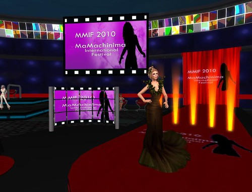 Phaylen hosts the Molly Montale at the MMIF 2010 Machinima Festival
