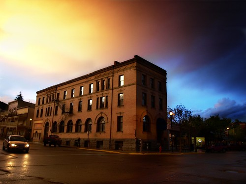 sunset storm buildings bank historical bankofmontreal rossland