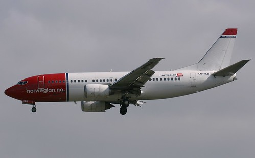 Norwegian Boeing 737-300 | by Deanster1983 who's mostly off