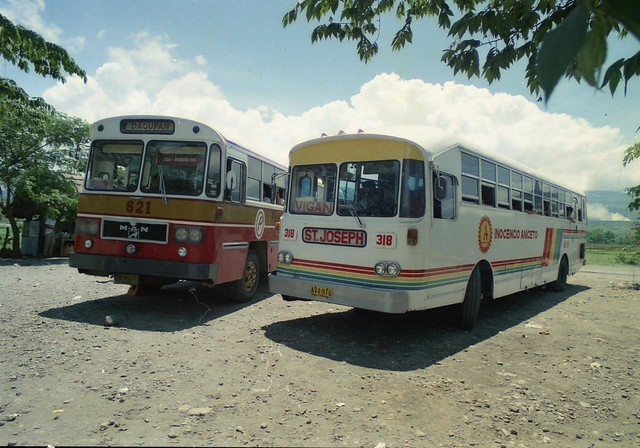 Road to Baguio buses