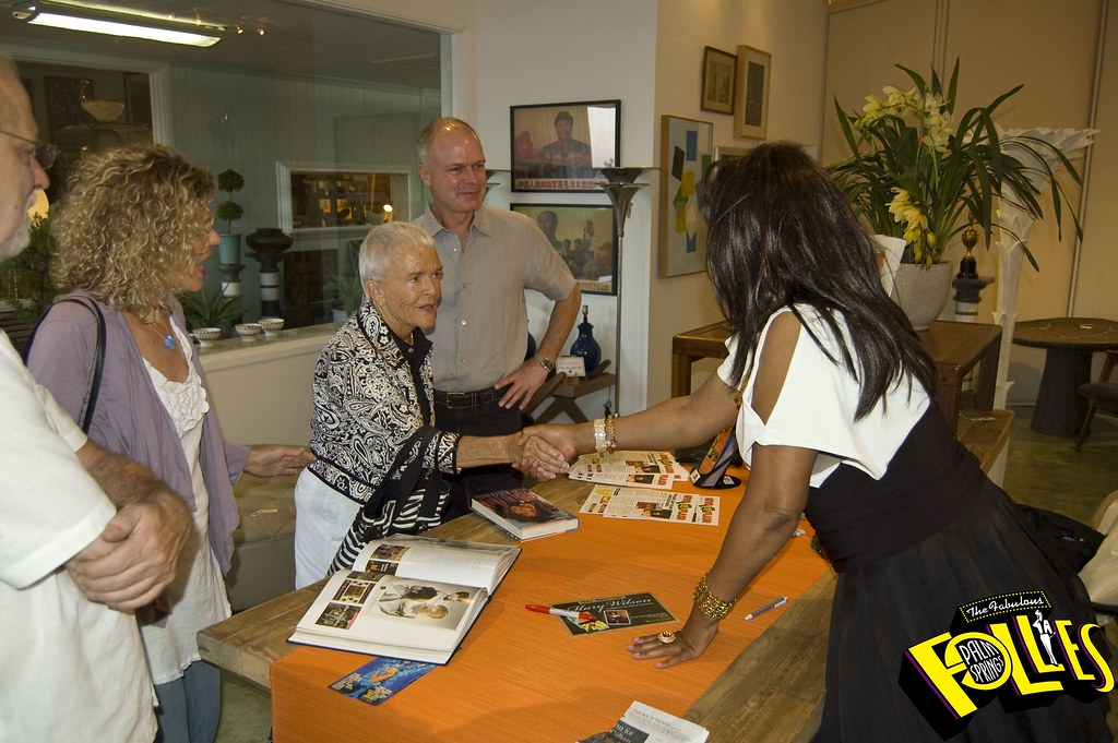 Mary Wilson Book Signing_59 JPG | The Fabulous Palm Springs Follies