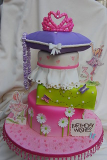 Peachy Fancy Nancy Cake Made For My Daughter And Her Friends Joi Flickr Funny Birthday Cards Online Barepcheapnameinfo