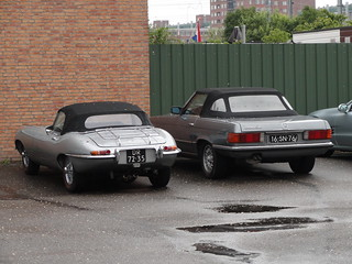 1968 Jaguar E-Type + 1977 Mercedes-Benz 280 SL