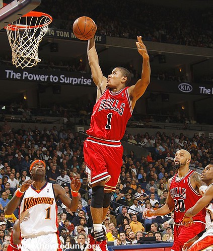 Derrick Rose Dunk | by HowtoDunk.org